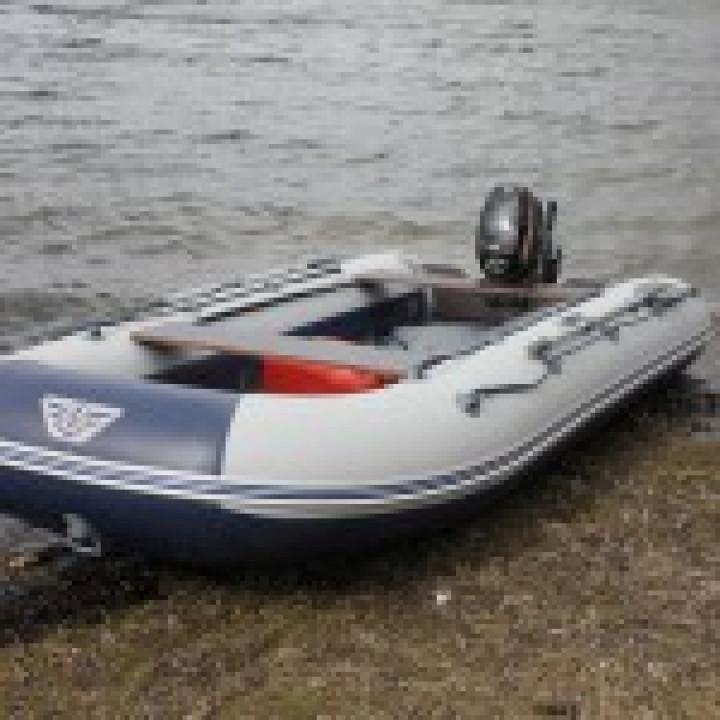 Надувная ПВХ лодка Флагман 400 U