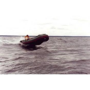Надувная лодка ПВХ COMBAT CMB-380 (оливк.)